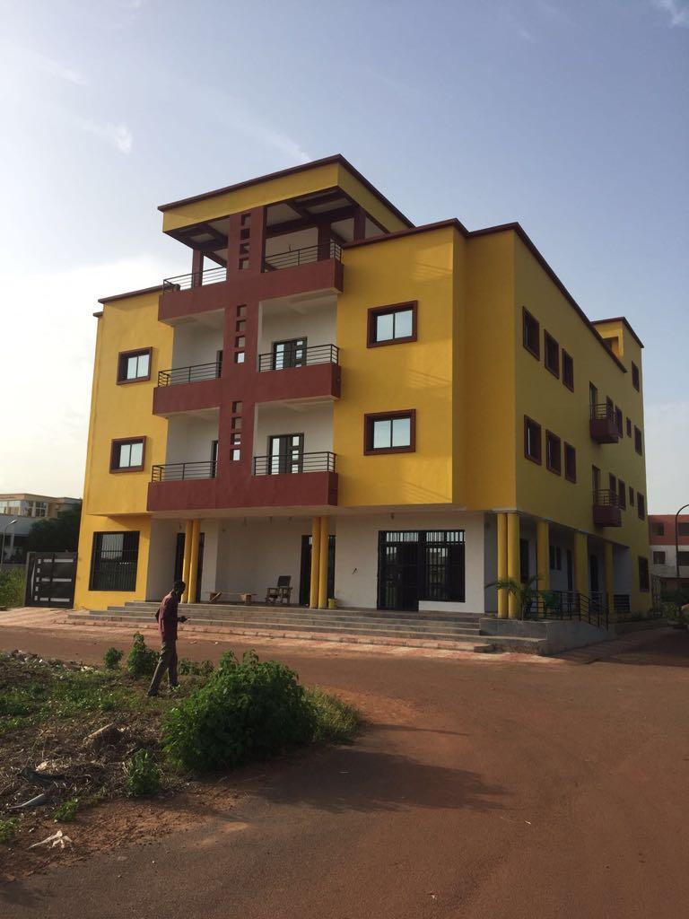 immeuble haut de gamme  u00e0 vendre sotuba vue sur fleuve